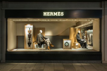 adrien-rovero-studio-hermes-window-design-2